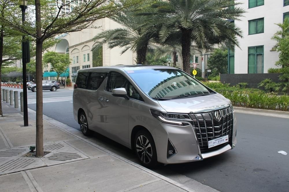 Alphard for rent by The Luxe Guide