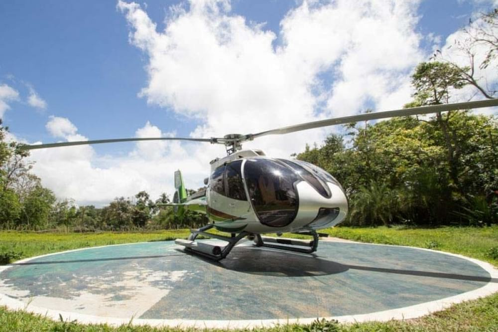Helicopter Tour to Antonio's in Tagaytay